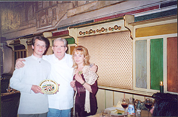 Olga and Vladimir with Giorgo Gioco, the chef of the restaurant 12 Apostoli in Verona